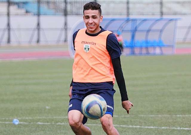 Photo of yacine Salhi seduit Belmadi