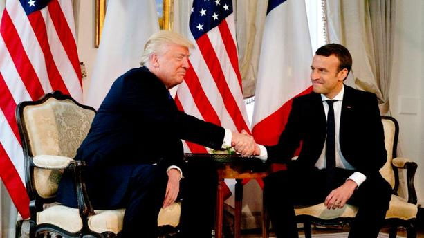 Photo of Le coup de fil peu diplomatique: Vif échange entre Trump et Macron