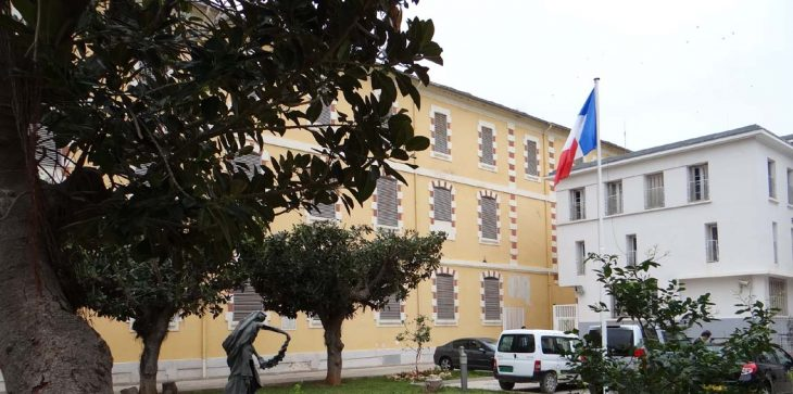 Photo of Suite à un article publié par le quotidien Liberté: L'ambassade de France dément